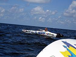 Floating Reporter-7/4/05-Sarasota Poker Run & Race-img_1821.jpg