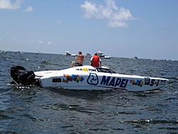Floating Reporter-7/4/05-Sarasota Poker Run & Race-img_1824.jpg