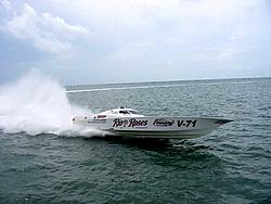 25 Years of Fountain!-rio-roses-race-boat-marathon-2004-oso.jpg