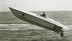 OLD RACE BOATS - Where are they now?-67-flying-big-black-white%5B1%5D.r.jpg