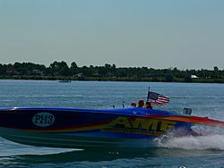 St. Clair, MI Offshore Classic Today 7-31-05-p1000206.jpg