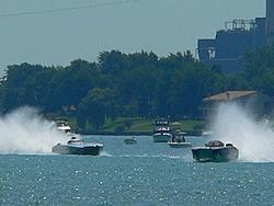St. Clair, MI Offshore Classic Today 7-31-05-p1000751.jpg