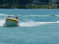 St. Clair, MI Offshore Classic Today 7-31-05-p1000384.jpg