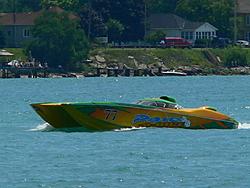 St. Clair, MI Offshore Classic Today 7-31-05-p1000657.jpg