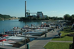 Smoke On Thew Water 2005-docks3.jpg