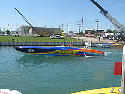 People going to the Shootout post a pic of you boat-amfnear-cranestclair.jpg