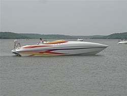 People going to the Shootout post a pic of you boat-t_lake_perry_5-21-05_009.jpg