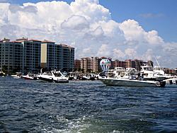 Floating Reporter-8/21/05-Lake Boca Raft-up Party!!!-img_2105.jpg