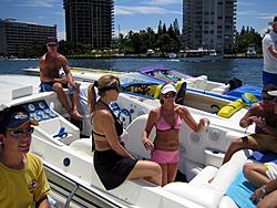 Floating Reporter-8/21/05-Lake Boca Raft-up Party!!!-img_2088.jpg