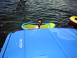 Floating Reporter-8/21/05-Lake Boca Raft-up Party!!!-img_2101.jpg