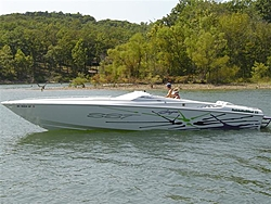 People going to the Shootout post a pic of you boat-33-sm.jpg