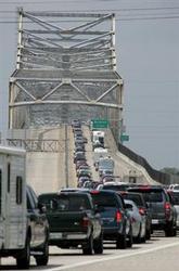 Evacuation during a storm-bridge.bmp