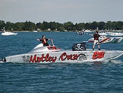 """Motley Crew"" Skater 46'-st-clair-race-2005-359.jpg"