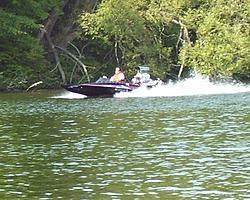 Hardy Dam Hot Boat Weekend-150mph-boat-1.jpg