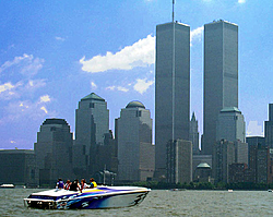 Offshore Race pic on the Hudson w/Twin Towers on EBay-x_1_.jpg