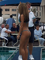 Floating Reporter-9/25/05-SHOOTER'S HOT BOD PICS!!-000_0764-small-.jpg