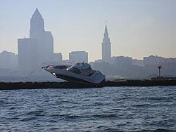 Boat hits Cleveland Breakwall, injuring 6-imgp0035.jpg
