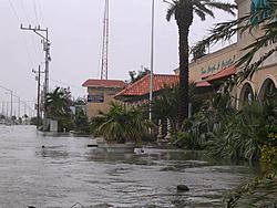 Florida Key's under water ?????-dsignfront.jpg