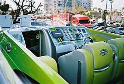 boat show pics-11-5-2005-04-medium-.jpg