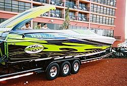 boat show pics-11-5-2005-10-medium-.jpg