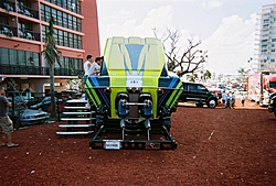 boat show pics-11-5-2005-11-medium-.jpg