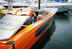 boat show pics-11-5-2005-03-medium-.jpg