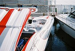boat show pics-11-5-2005-07-medium-.jpg