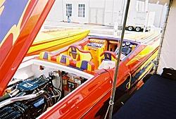 boat show pics-11-5-2005-09-medium-.jpg