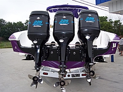 Outboard powered boats-80199141_2.jpg