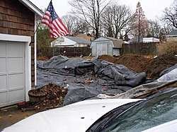 Show Me Youre Houses, Where You Park Your Boats!!-garage-002.jpg