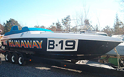 OLD RACE BOATS - Where are they now?-runaway02.jpg
