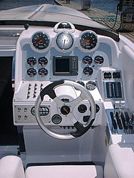 Show Pictures of Dash Panels-2006%2520donzi%252038zr%2520003.jpg