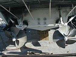 1993 80ft. Baja Panther?-props.jpg
