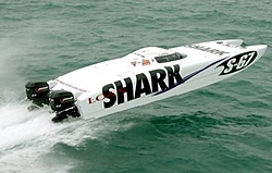 Seems like Doug Wrights boats win every race- Why so fast?-dougwright32loanshark6.jpg