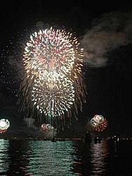 SUPERBOWL on SAN DIEGO BAY-fireworks4.jpg