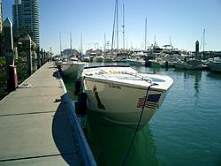 Floating Reporter-12/28/05-2 Days of Boating-cimg0009.jpg