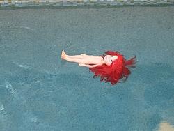 Swimming pools and boats-luau-halloween-2005-019.jpg