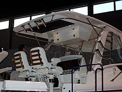 Sunseeker 37 sport fish-chic-boat-show-medium-.jpg