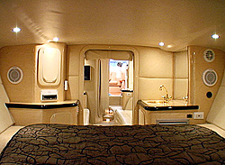 Inside Outerlimits-51-yacht-pic4lg.jpg