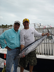 while L.S. and Co. were at shooters....-fish-wahoo-003.jpg