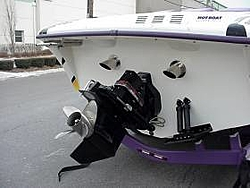 i just bought a boat-28transom.jpg