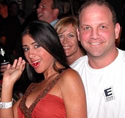 Ok, who sent Steve the E-Dock shirt?-edock-steve.jpg