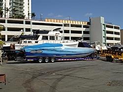 Lipship 42X-miami-boat-show-2006-069-medium-.jpg