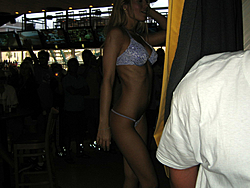 Floating Reporter-2/26/05-Miami Boat Show Poker Run & Shooters Hot Bod Contest-img_3127.jpg