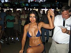 Floating Reporter-2/26/05-Miami Boat Show Poker Run & Shooters Hot Bod Contest-img_3129.jpg