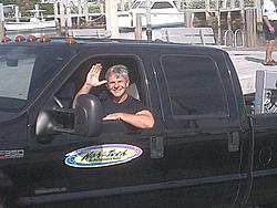 Floating Reporter-2/26/05-Miami Boat Show Poker Run & Shooters Hot Bod Contest-miami-poker-run-06-011.jpg