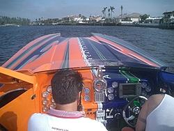 Floating Reporter-2/26/05-Miami Boat Show Poker Run & Shooters Hot Bod Contest-miami-poker-run-06-014.jpg