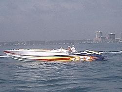 Floating Reporter-2/26/05-Miami Boat Show Poker Run & Shooters Hot Bod Contest-miami-poker-run-06-019.jpg