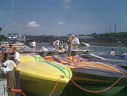 Floating Reporter-2/26/05-Miami Boat Show Poker Run & Shooters Hot Bod Contest-miami-poker-run-06-027.jpg