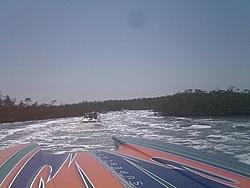Floating Reporter-2/26/05-Miami Boat Show Poker Run & Shooters Hot Bod Contest-miami-poker-run-06-034.jpg